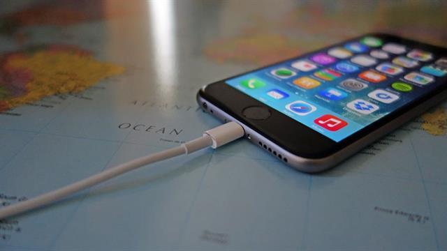 iPhone 6 báo sạc nhưng không vào pin